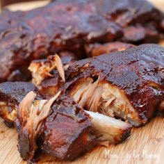 Easy Slow Cooker Barbecued Ribs by mmmisformommy
