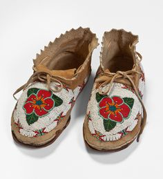 From The Autry National Center. Moccasins Moccasins, Arapaho/Shoshone, 1947. Leather, glass beads. Donated from the collection of D. L. and Shirley K. Hall. Southwest Museum of the American Indian Collection, Autry National Center; 95.180.56.1–.2