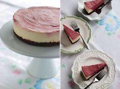 raw chocolate cherry mousse cake (vegan)