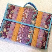Quilted Laptop Totes #525 - via @Craftsy