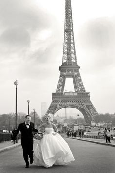 Getting married in Paris would be a dream :)