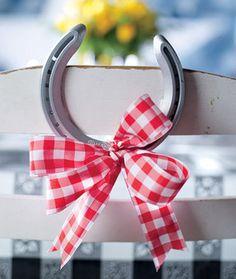 charm, texas style, horsesho idea, weddings, pink ribbons, horseshoes, the bride, hors shoe, horsesho decor