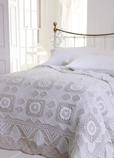 Crochet Bedspread - Hand crocheted bedspread : : SR Linen Collection