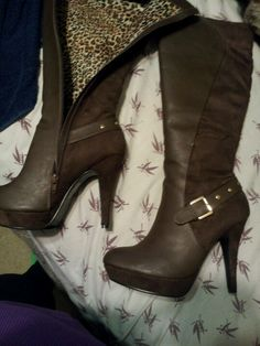 Boots Shoe Dazzle
