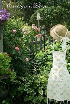 Aiken House & Gardens: August 2010
