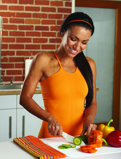 Eat to Build Lean Muscle Maximize your lean muscle gains with this one-week sample meal pla  - See more at: http://www.muscleandfitnesshers.com/nutrition/dieting/eat-build-lean-muscle#sthash.dsFWqLVs.dpuf