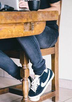 Seguici su Hermans Style diventa nostra fan ed entrerai nel mondo fantastico del Glamour !!!  Shoe shoes scarpe bags bag borse fashion chic luxury street style moda donna moda uomo wedding planner  hair man Hair woman  outfit time watch nail  print photo foto fotografia cartoline Photography