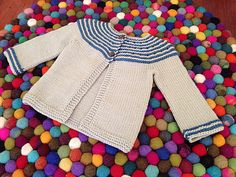 Ravelry: Gidday Baby pattern by Georgie Hallam  Sizes 3 to 6 month (free pattern)