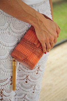 Crochet Pants by Giovana Dias Free Pattern