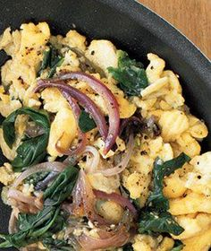 Eggs With Red Onion and Spinach recipe