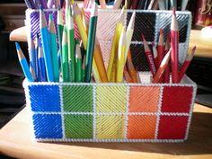 pencil holder, pencil crayon, canva pencil, plastic canva