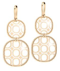 Fashion Earrings. Av