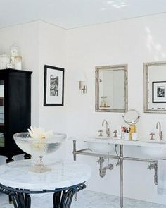 14 of our Favorite Bathrooms