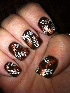 Autumn Fall Nail Art: Leaves Fall Nails ~ Nail Art Inspiration