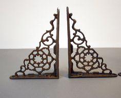 Vintage Shelf Brackets / Cast Iron by ConceptFurnishings on Etsy