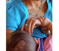 """Huge List of Breastfeeding Freebies - Formula freebies seem to start showing up on your doorstep the minute you get pregnant, but breastfeeding freebies aren't as easy to find.  Of course you can get a """"breastfeeding kit"""" from the formula companies - but that's not the best idea for breastfeeding success. They create those kits in hopes that you will give up and switch to formula. So you won't find a formula company freebie here. http://www.frugal-freebies.com/2010/05/breastfeeding-freebies.html"""
