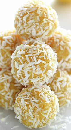 Limoncello Coconut Pops