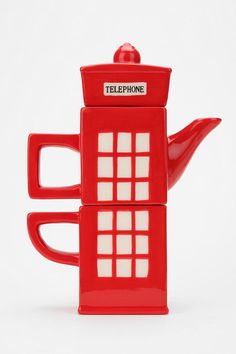 London Calling Tea-for-One Set: How cute is this! | #gift #holiday #pot #mug