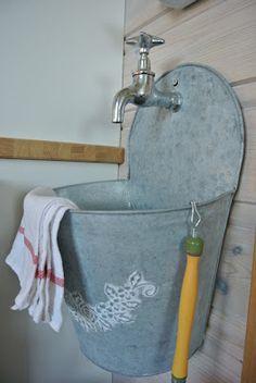 .Great Outdoor Sink