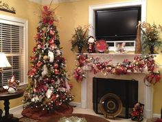 5 Ways to Add Deco Mesh to a Christmas Tree