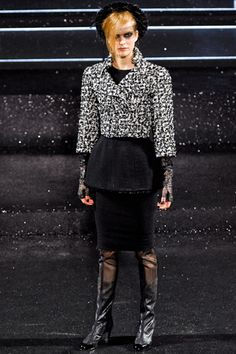 Chanel Couture Fall 2011 from style.com