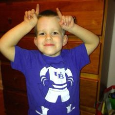 It looks like somebody is excited for the Idaho Potato Bowl! Thanks for sharing, @jamierex82! #HornsUp #BowlingBulls #uBuffalo Join us at: http://www.buffalo.edu/goubbulls.html