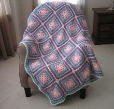 Early Bird Afghan | FaveCrafts.com