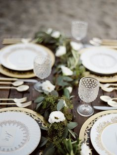 greenery table runner, photo by Jessica Rose Photography http://ruffledblog.com/romantic-beach-inspiration-in-toronto #tablerunners #receptions