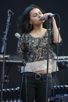 mazzy star hope sandov, stars, album, rolling stones, mazzi starhop, david roback, 17 year, starhop sandov, music news