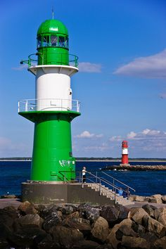 Green LIghthouse lights, table names, lighthouses, colors, bays, green lighthous, backgrounds, light hous, germany