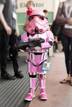geek, halloween costumes, parenting done right, feel happi, starwar, star wars, cosplay kid, daughter, storm trooper costume