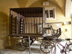 prisoner carriage