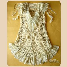 so many beautiful tops. keep clicking on arrow for pic and symbols chart. picasa web, charts, arrows, symbols, symbol chart, 编织衣服2, knit top, crochet top, web album