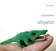 Itty Bitty Crocheted Alligator. Free amigurumi pattern.