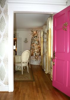 Pink Door | Christma