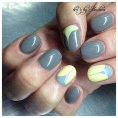 Easy Nails  tiPz by Andrea Medicibe Hat Alberta