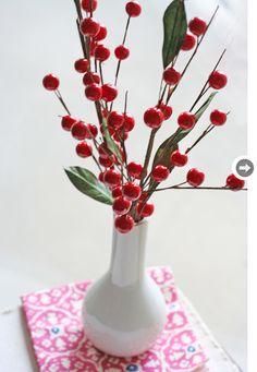 Holly Berry table decor