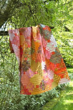 Quilt Top - Log Cabin by balu51, via Flickr.  Love the colors