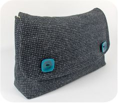 Box bottom clutch - free pattern