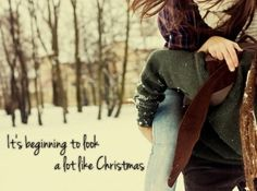 51 Romantic Couples Christmas Photo Ideas : X Mas Couple Christmas Photo Ideas