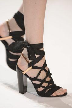 Dries Van Noten extraordinari shoe, vans, style, heel, noten spring, dris van noten, dries van noten, sandal, dri van