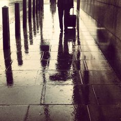 Reflections in the rain this afternoon in #London 17°C I 63°F #BurberryWeather