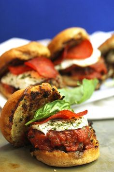 Your whole party will loves these great Italian Sausage Pizza Sliders: http://www.bhg.com/blogs/delish-dish/2014/07/15/italian-sausage-pizza-sliders/?socsrc=bhgpin080414italiansausagepizzasliders