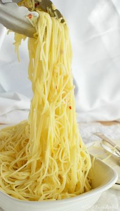 Lemon Garlic Pasta Recipe - Roasted Garlic - Red Pepper - Olive Oil - Noodles - Side  Dish - wonkywonderful.com