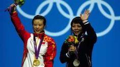 Photo 12 - June 29, 2012 - China gana oro en las pesas  La china Mingjuan Wang conquista oro en levantamiento de pesas 48kg  - 170x300