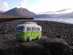 knit bus