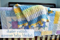 Crochet Cluster V-Stitch Baby Blanket {free crochet pattern}