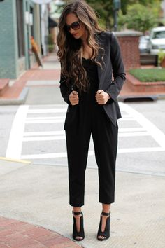 The perfect jumper for the Fall season! #fall #jumper #black #chic #booties #blazer