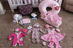 Mommy's Little Sunshine: What to pack in your baby's hospital bag This blog is great! It goes through her whole pregnancy, and has some great tips..plus she is a real example that you can still be cute and pregnant...she has great outfits that she wears while pregnant...need to re-visit this blog when I get pregnant