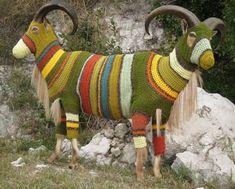elaineb pop art, crazi art, artesania con, art crochetknit